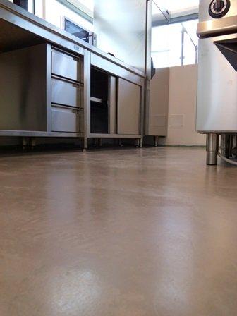Pavimenti in resina pavimenti decorativi in resina - Pavimenti decorativi in resina ...