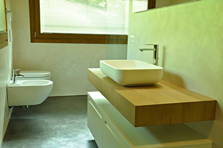 resin floors for bathrooms