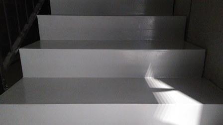 Rivestimento scale in resina scale in microcemento dal produttore