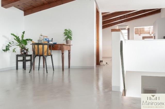 Pavimenti In Microcemento Per Interni Prezzi.Pavimenti In Microcemento