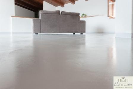 Pavimenti per interni pavimenti in resina pavimenti in microcemento qui - Pavimenti in cemento per interni pro e contro ...