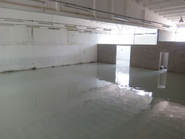 Laying of industrial resin flooring